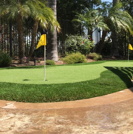 Corona Putting Green